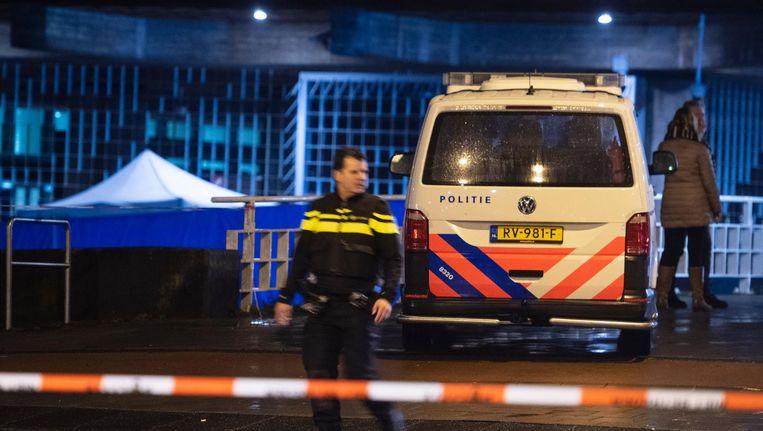 Hulpdiensten bij de Nederlandsche Bank na de schietpartij Beeld ANP