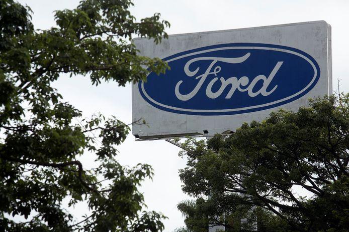 Het logo van de Amerikaanse autofabrikant Ford.