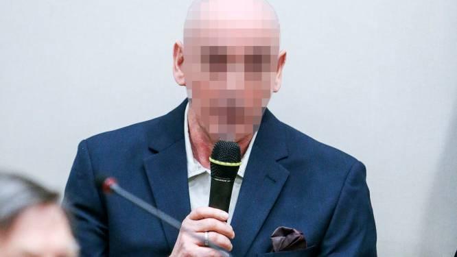 Renaud Hardy valt agent aan tijdens gevangenentransport