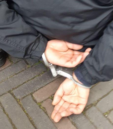 Man (31) die stationswinkel Arnhem Velperpoort overviel had honger: 'Ik wilde eten, maar had geen geld'
