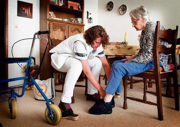 In Heusden is grote behoefte aan mensen die niet meer helemaal zelfstandig thuis kunnen wonen, maar ook nog niet naar een verpleeghuis hoeven. Een 'tussenvorm' voor deze mensen komt mogelijk op het Heverslo-terrein Oudheusden, in de vorm van zorgappartementen in de sociale huursector.