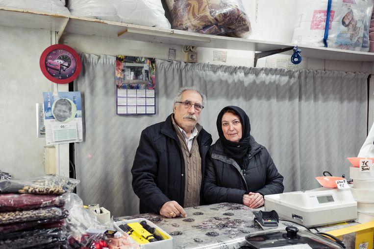 Dimitras heeft sinds 1987 zijn eigen winkel in de Sleepstraat. Beeld Damon De Backer