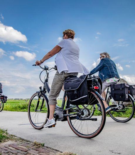 Het meest opwindende onderweg tijdens een fietstocht zijn de bordjes met 'U nadert een knooppunt'