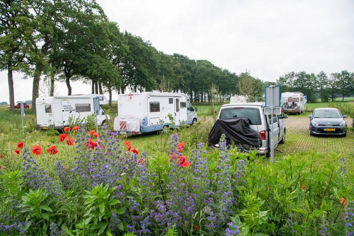 Een camperplaats in Dalfsen waar nu nog gratis overnacht kan worden.