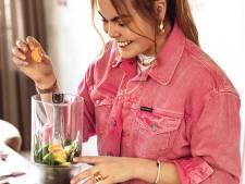 Prinses Laurentien kan niet koken? Totale onzin, zegt dochter Elo en deelt 'mammies macaronischotel'