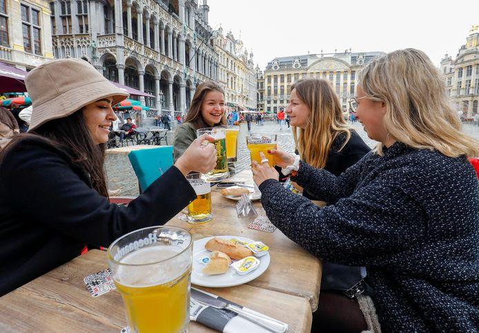 Les Belges profitent à nouveau des terrasses.