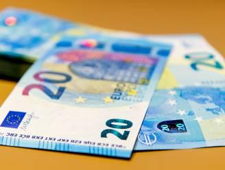 """Twintiger staat terecht voor uitgifte valse biljetten van 20 euro: """"50 biljetten gekocht op internet voor 6 euro"""""""