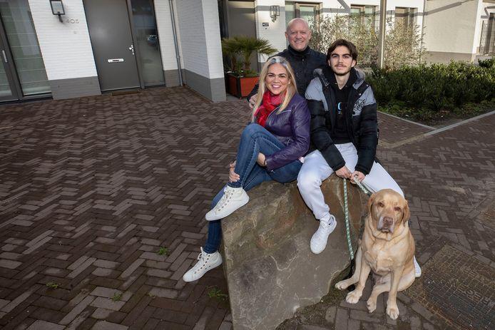 Eindhoven ED2020-8344 *Iker Pozo* is samen met zijn ouders en hond van Manchester naar Meerhoven verhuisd voor een huurperiode bij FC Eindhoven.