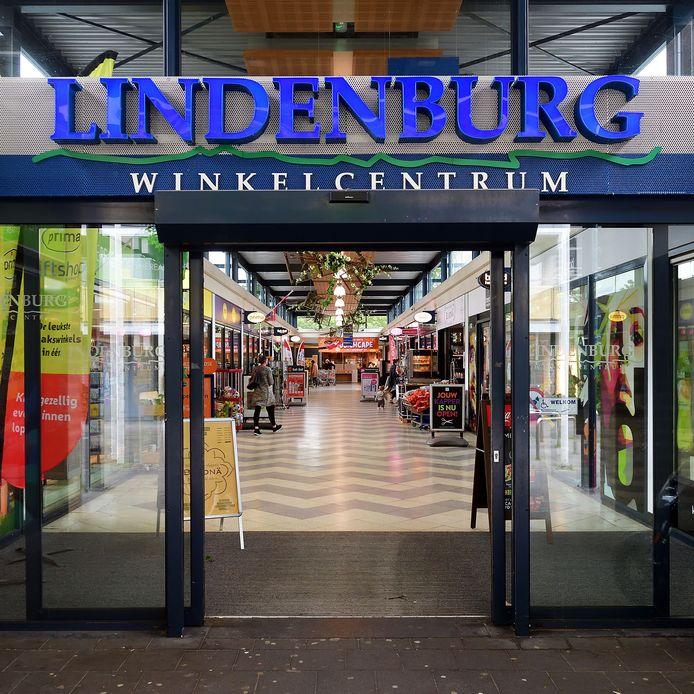 Winkelcentrum Lindenburg in het hart van Langdonk.