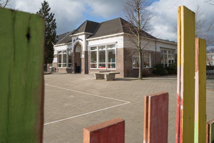 De St. Aloysiusschool op de Boskamp.