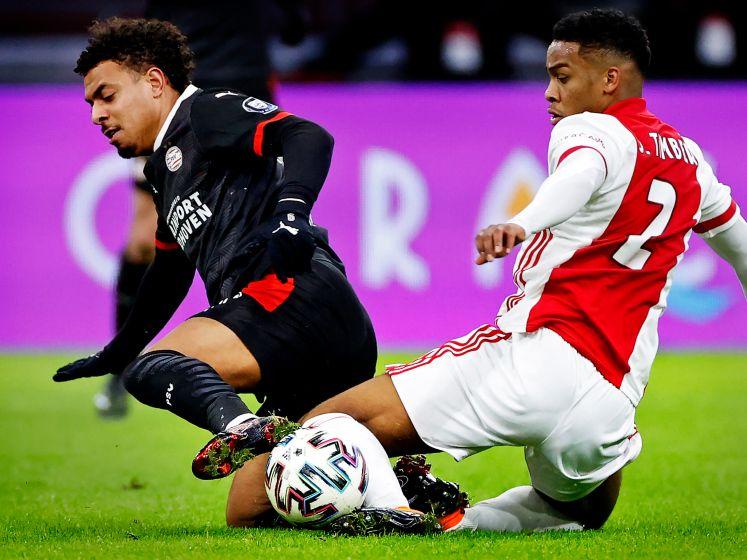 LIVE | Kan PSV competitie nog spannend maken of slaat Ajax cruciaal gat?