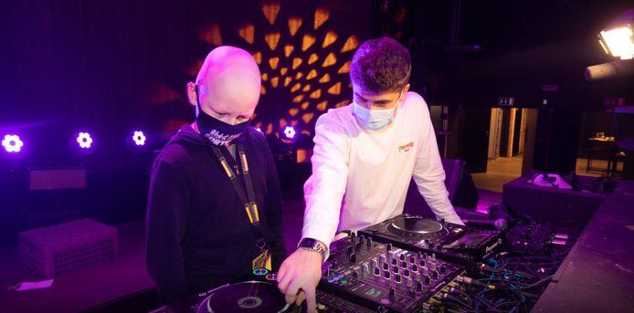 Vinz suivait un atelier DJ, qu'il a dû interrompre à cause de sa chimiothérapie