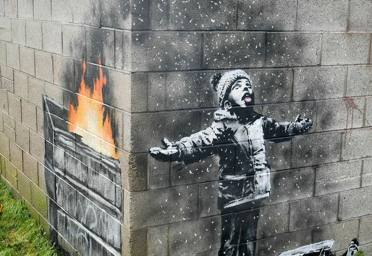 De muurschildering van Banksy in Port Talbot. Beeld AP