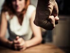 Monster zat niet onder bed, maar was haar vader: man verdacht van 21 jaar lang mishandelen van vrouw en kinderen