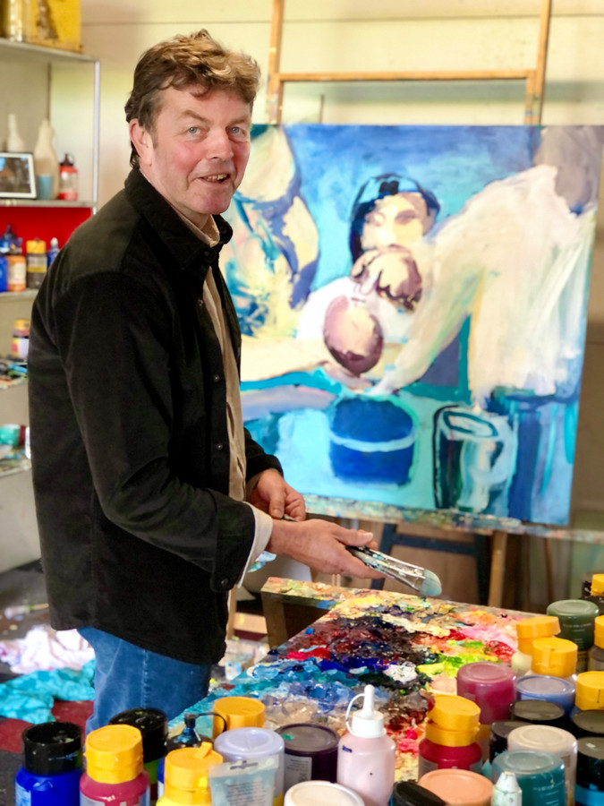 Victor van de Lande in zijn atelier