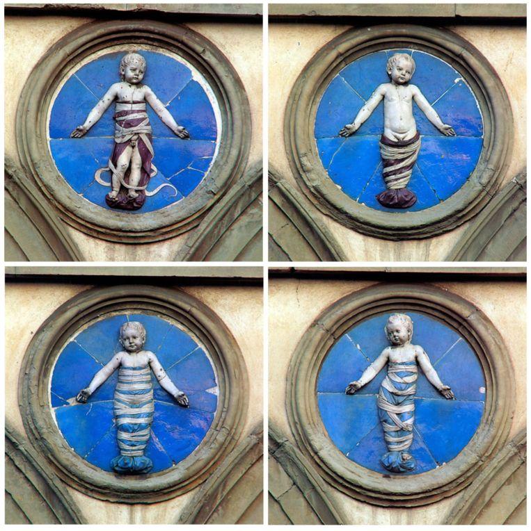 Ingebakerde baby's van Andrea Della Robbia uit de Ospedale Degli Innocenti in Florence, 1487 Beeld