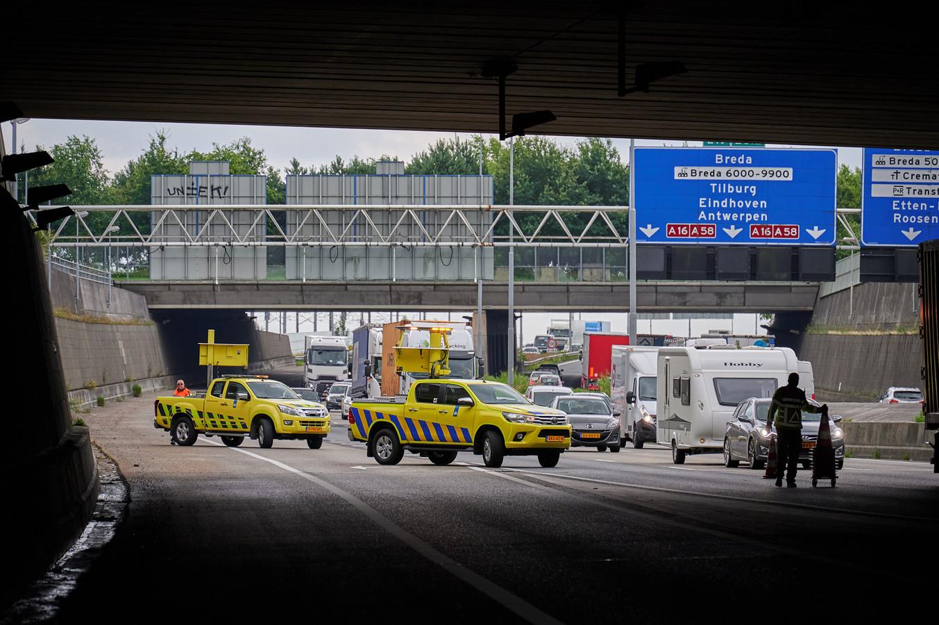 Ongeluk op A16 ter hoogte van Breda.