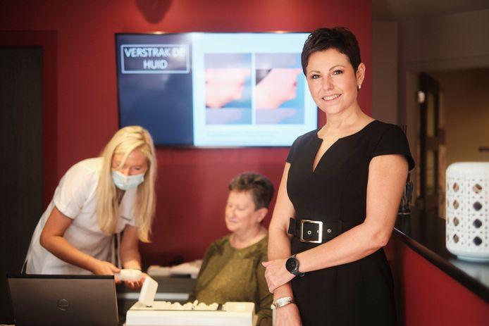 Peggy Prouvé is zaakvoerster bij schoonheidssalon Look Unique.