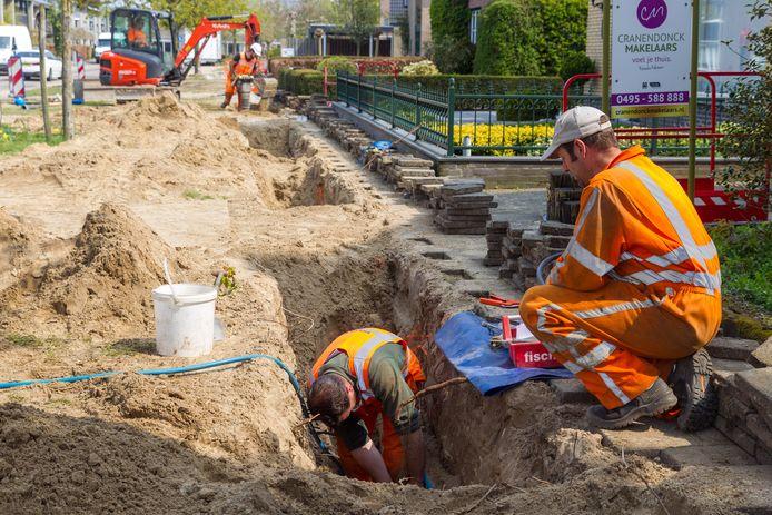 Vernieuwing van de waterleiding  in de Everard Winterslaan.