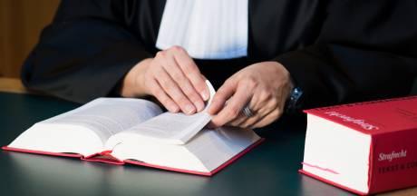 Needenaar (52) met kinderporno moet van OM 24 maanden gevangenisstraf krijgen