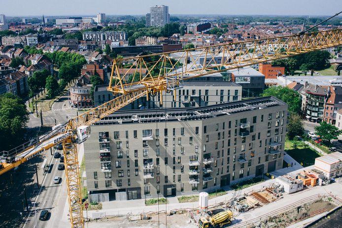 De vervangbouw van de oude Rabottorens is nog steeds niet helemaal klaar