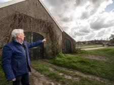 Gerrit (84) zag een Engelse bommenwerper neerstorten naast zijn huis in Eefde: 'Dit krijg ik niet meer van mijn netvlies'