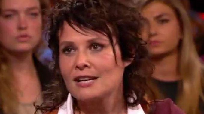 """Schrijfster Griet Op de Beeck: """"Ik werd van mijn vijfde tot mijn negende door mijn vader misbruikt"""""""