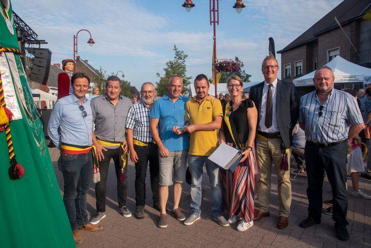 Uitreiking Goedendagprijs op de 11 juliviering in Serskamp.