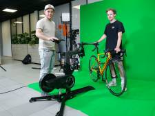 Het begon als een geintje op zolder, nu houden deze broers virtuele wielerwedstrijden vanuit een studio