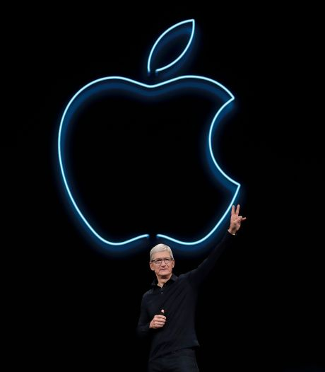 """Le patron d'Apple prévoit le """"bazar"""" sans le contrôle de son groupe sur les applications"""