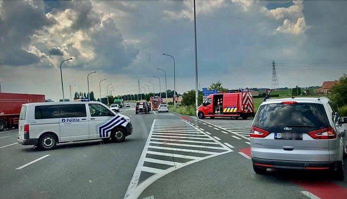 Het ongeval zorgde voor hinder op de Noorderring in Ieper.