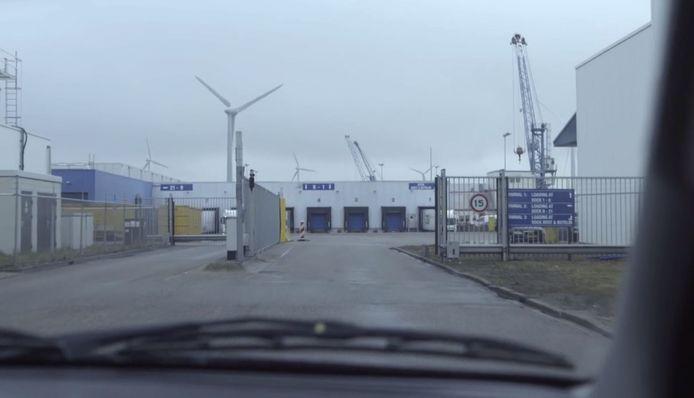 Still uit programma Narcostaat (NTR) van haven Vlissingen.