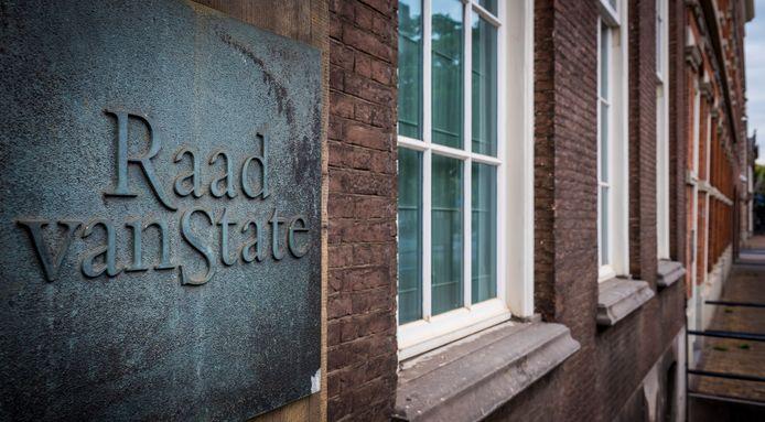 Exterieur van de Raad van State in Den Haag.