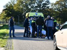 Fietsster gewond na aanrijding met auto in Den Ham