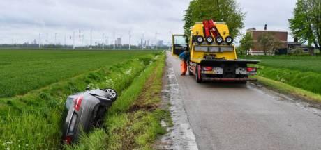 Alarm om Belgische auto in sloot bij Rilland