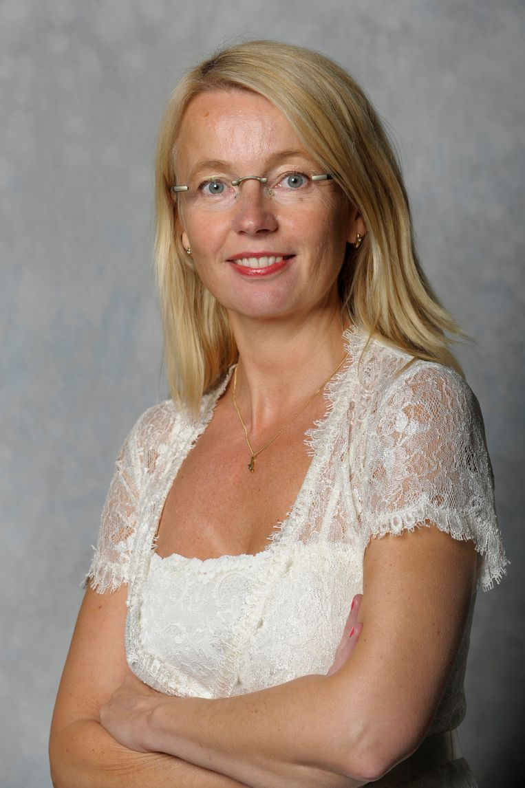 Ybeltje Berckmoes (VVD): 'Onze kerntaak: stemmen wat ons werd ge-sms't.' Beeld Nederlandse Freelancers