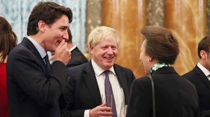 "Boze Trump vindt Trudeau ""hypocriet"" na video waarin andere leiders met hem lachen"