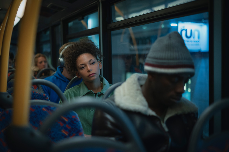 Actrice Lois Chimimba speelt Hannah Bailey in de Netflix-reeks 'The One'. Beeld Netflix