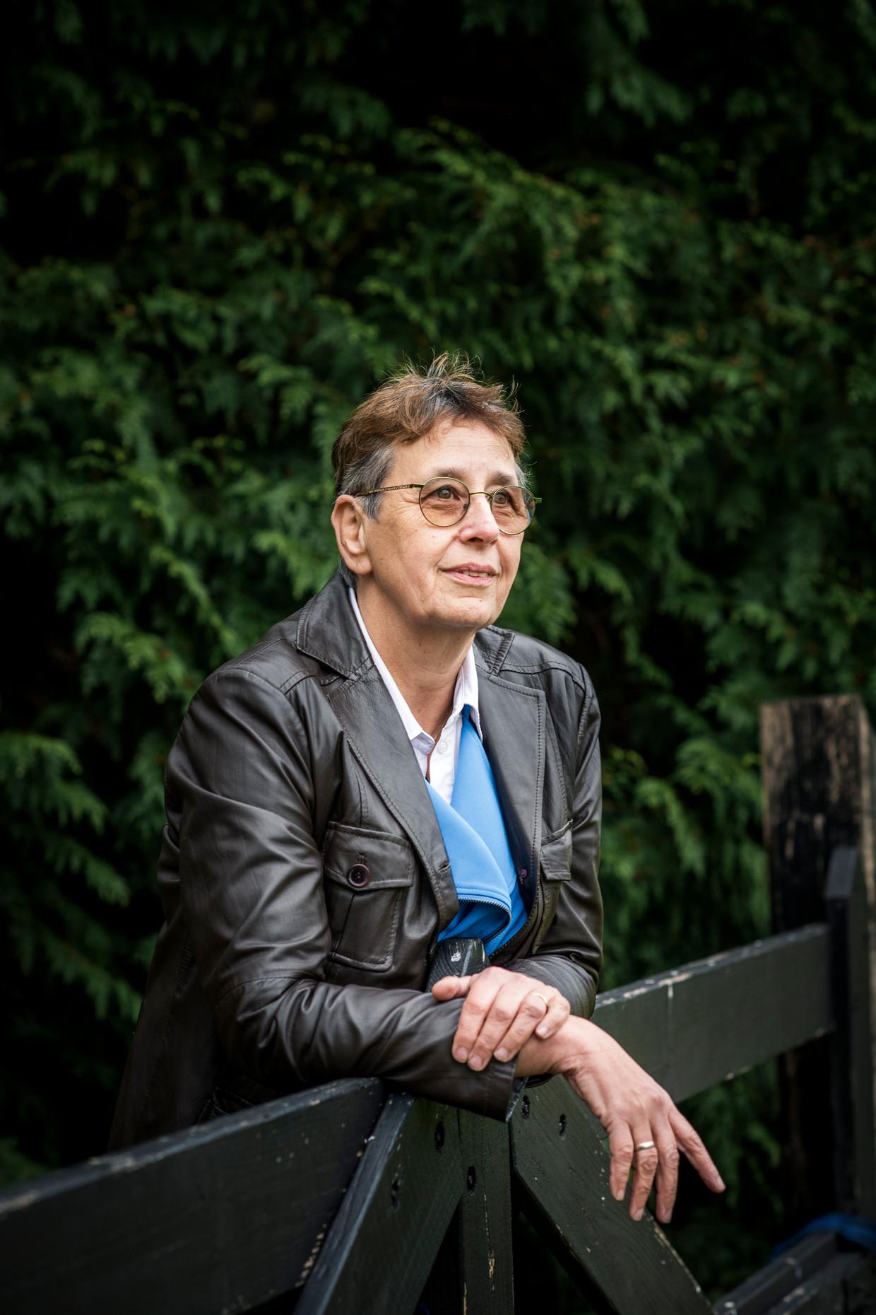 Lidy Schilder-Visser is directeur van Blik op Werk, dat met zijn keurmerk bepaalt welke taalscholen wel en niet worden toegelaten tot de inburgeringsmarkt – een wereld waarin miljoenen te verdelen zijn. Beeld Linelle Deunk