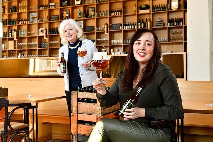 Sofie Vanrafelghem op bezoek bij Véronique Maes in Brouwerij De Halve Maan.