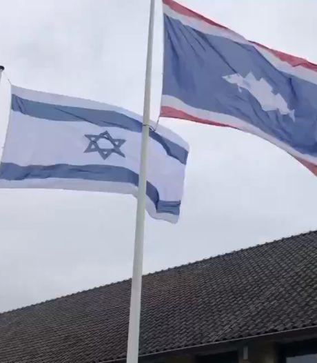Urk kiest op voorstel van PVV partij en hangt vlag van Israël bij gemeentehuis: 'Ander geluid dan in rest van het land'