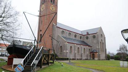 Wachten op verbouwing kerk Boekhoute tot kinderopvang