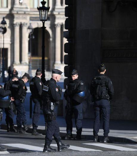 Les premières réactions politiques de l'attaque au Louvre