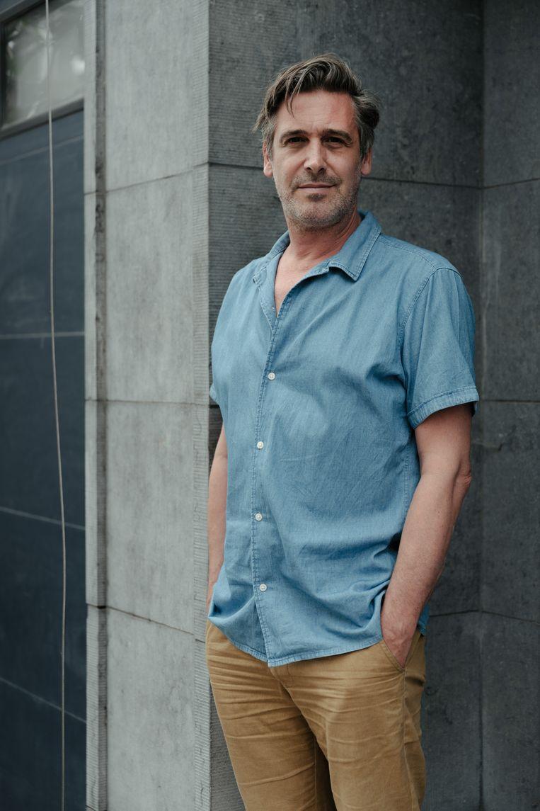 Acteur, auteur, coach en presentator Johan Terryn: 'Doordenkertjes.' Beeld Damon De Backer