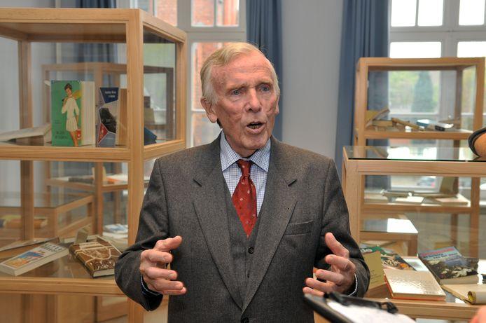 Aster Berkhof in zijn museum in 2009.