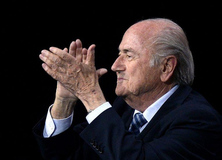 Sepp Blatter blijft nog een aantal jaar aan het hoofd van de FIFA. Beeld EPA