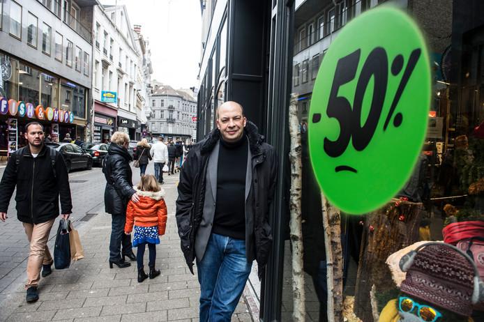 """Antwerps NSZ boegbeeld Nico Volckeryck: """"Geef een korting op stakingsdag"""""""