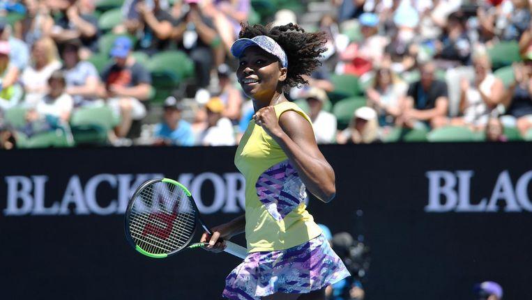 Venus Williams viert haar overwinning in de tweede ronde van de Australian Open. Beeld epa