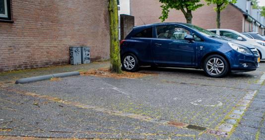 Parkeerplek in Breda. Is het een invalidenplek of niet?