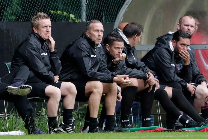 De NEC-coaches op een rij: François Gesthuizen, Adrie Bogers en Rogier Meijer (van links naar rechts).